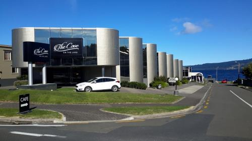 The Cove - Accommodation - Taupo