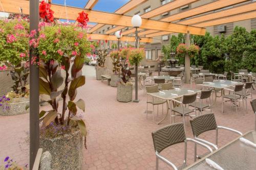 Ramada By Wyndham Kelowna Hotel & Conference Center