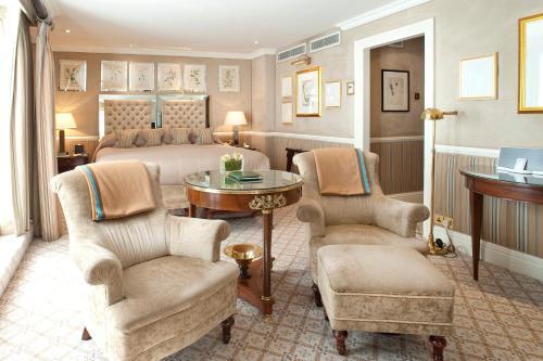 Milestone Hotel Kensington photo 22