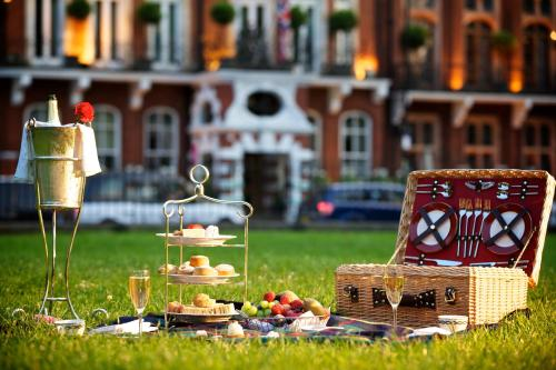 Milestone Hotel Kensington photo 27