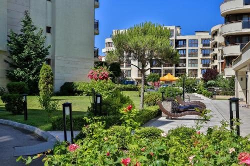 . Al Rial Beach Apartments