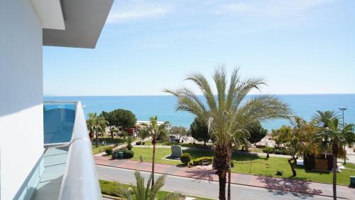 Alanya Arsi Enfi City Beach Hotel odalar