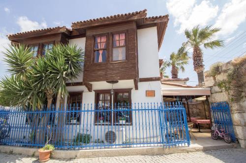 Siğacık Sığacık La Casa Pansiyon fiyat