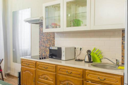 Two Steps Apartments on Pestelya Апартаменты Делюкс