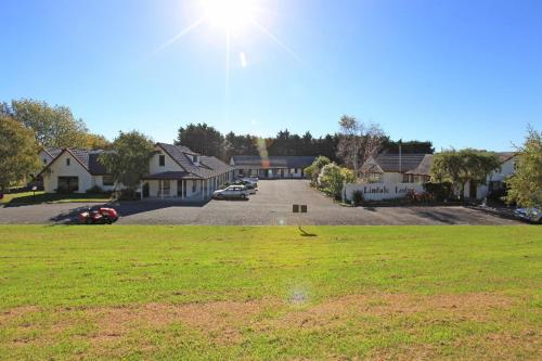 . Kapiti Lindale Motel and Conference Centre