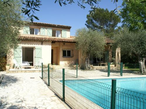 Modern Villa In Mouans Sartoux With Swimming Pool Location Gite