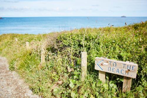 Trebetherick, Wadebridge, Cornwall, PL27 6SD, England.
