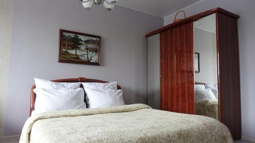 . Apartment na Akademicheskoy