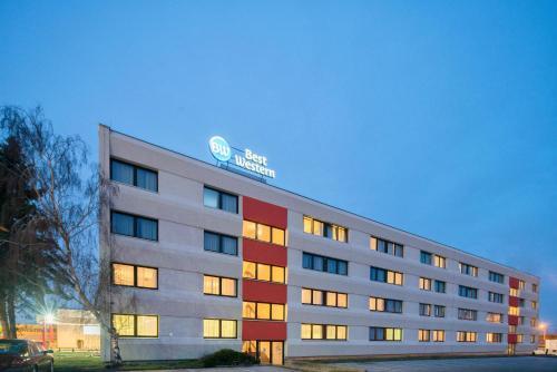 . Best Western Smart Hotel