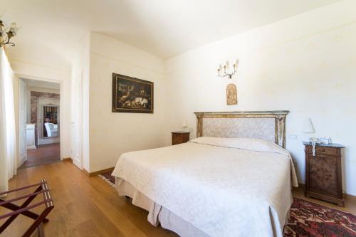 28, Via Suor Maria Celeste & 149/A, Via Gherardo Silvani, Florence 50125, Italy.