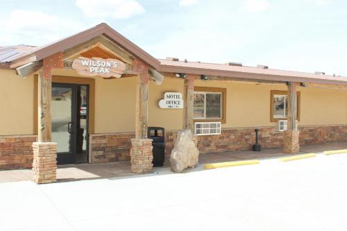 . Bryce UpTop Lodge