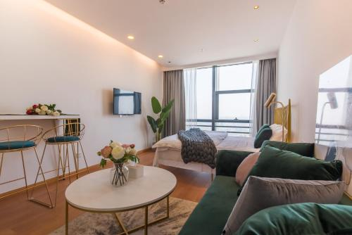 Little Happiness Boutique Apartment Hotel photo 72