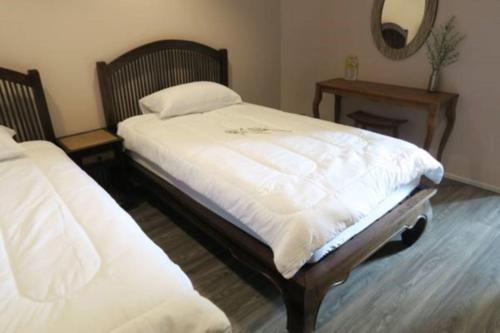 The Grand Palace Hostel photo 61