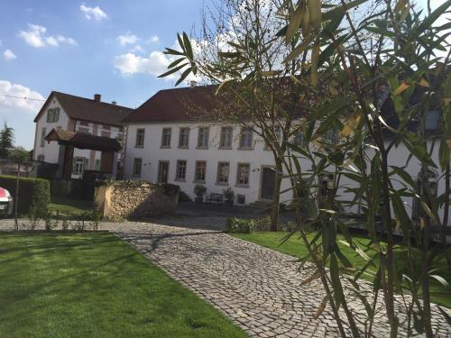 Hotel-overnachting met je hond in Klosterhof Weingut BoudierKoeller - Stetten