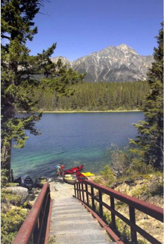 Patricia Lake Bungalows - Jasper, AB T0E 1E0