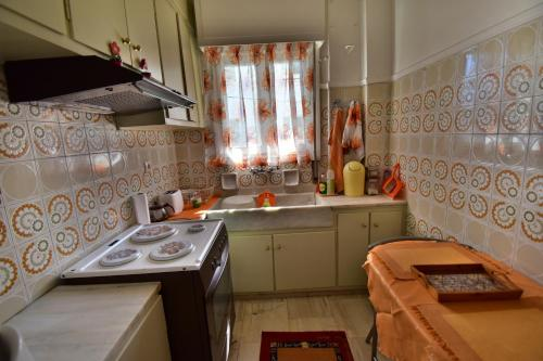 Classy 2 bedroom apartment under Acropolis at Thissio Immagine 10