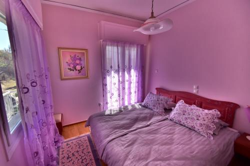 Classy 2 bedroom apartment under Acropolis at Thissio Hovedfoto