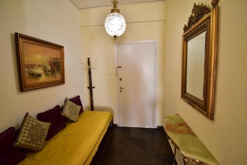 Classy 2 bedroom apartment under Acropolis at Thissio Immagine 6
