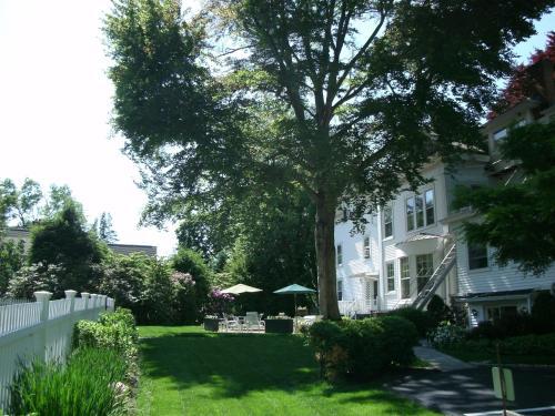 The Stanton House Inn - Greenwich, CT 06830