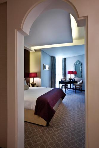 Bab Al Qasr Hotel photo 114