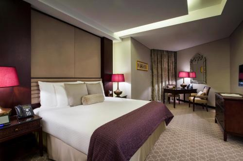 Bab Al Qasr Hotel photo 26