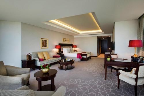 Bab Al Qasr Hotel photo 122