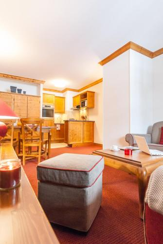 Standard One-Bedroom Apartment - access to the indoor pool (4 People)