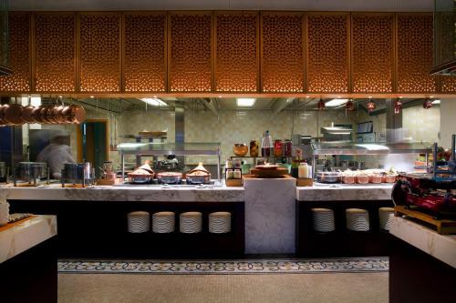 Bab Al Qasr Hotel photo 151