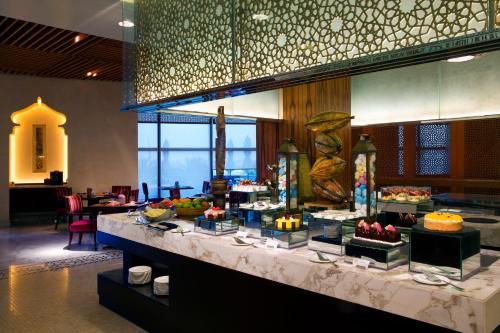 Bab Al Qasr Hotel photo 152