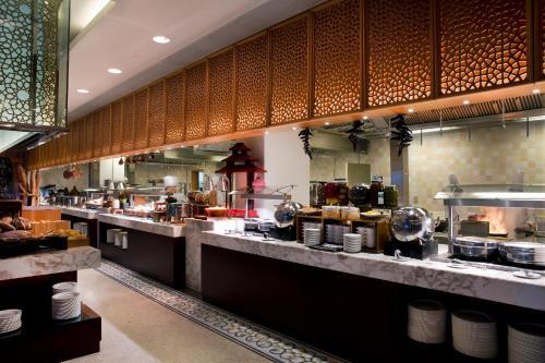 Bab Al Qasr Hotel photo 155