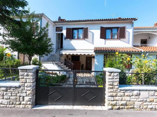 Apartments Nives, Pension in Poreč