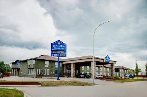 . Lakeview Inns & Suites - Edson Airport West