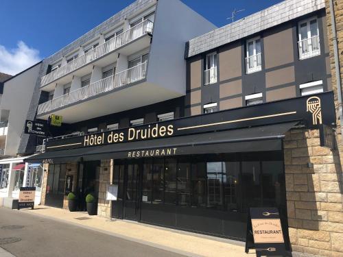 . Hôtel des Druides