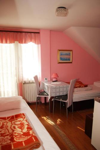 Bed & Breakfast Đurđan kamer foto 's
