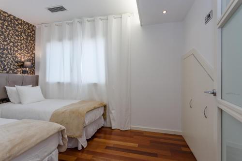 Unique Rentals - Placa Catalunya Central Apartments photo 25