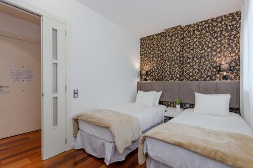 Unique Rentals - Placa Catalunya Central Apartments photo 26