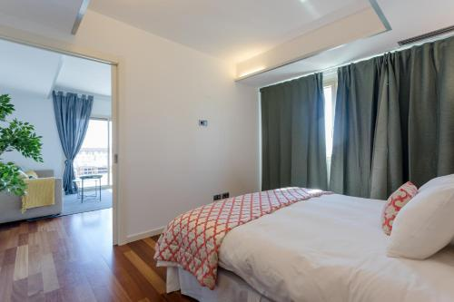 Unique Rentals - Placa Catalunya Central Apartments photo 39