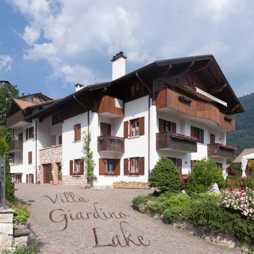 . VillaGiardino - Lake