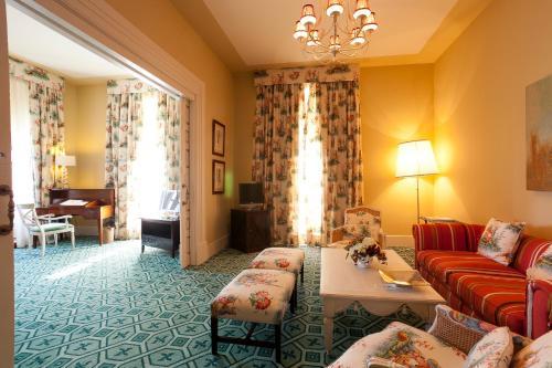 Deluxe Suite Palacio Urgoiti 12