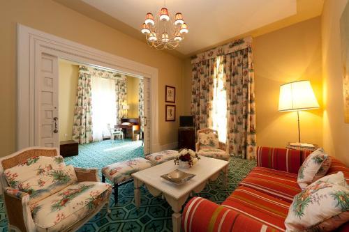 Deluxe Suite Palacio Urgoiti 2