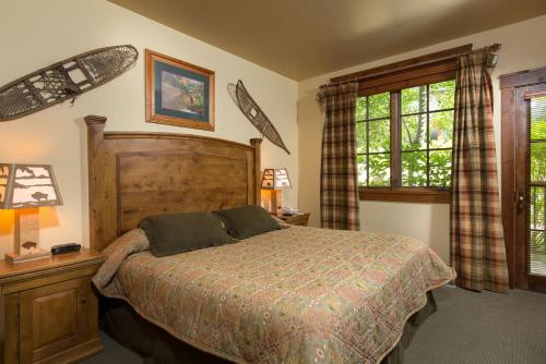 535 Snow King Loop - Three Bedroom Condominium