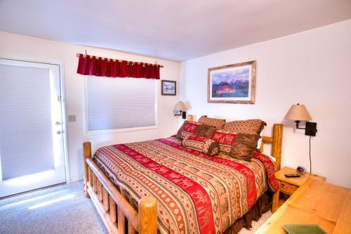 452 Snow King Loop - Two Bedroom Condominium