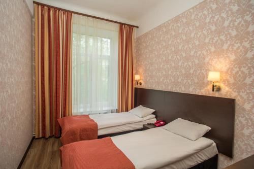 Pervomayskaya Hotel - image 14
