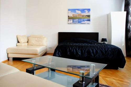 Prestige Vienna Apartment - image 6