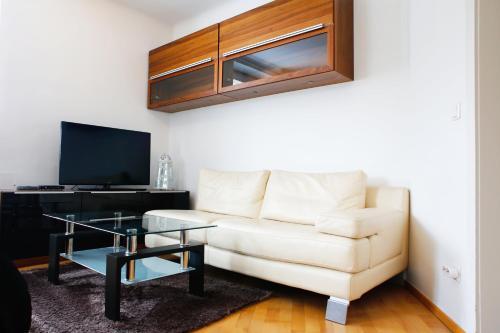 Prestige Vienna Apartment - image 7