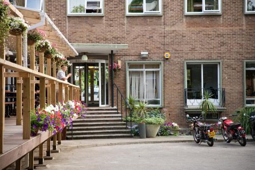 233 Willesden Lane, Brent, London, NW2 5RP, United Kingdom