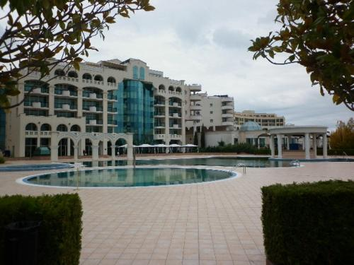 Best Price On Private Apartment In Sunset Resort Family In
