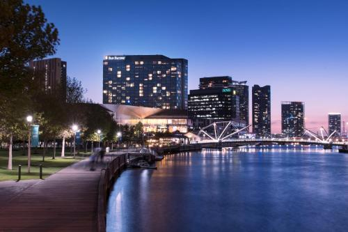 . Pan Pacific Melbourne