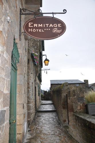 Les Terrasses Poulard Mont Saint Michel Prices Photos