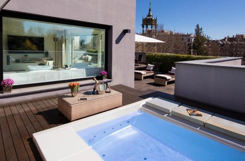 Attic Suite (1 or 2 people) ABaC Restaurant Hotel Barcelona GL Monumento 31